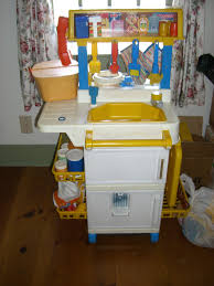 old fisher price kitchen looks almost exactly like how i would