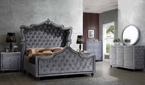 Meridian Bedroom Furniture Hudson Canopy Bedroom Set In Grey Velvet By Meridian Furniture