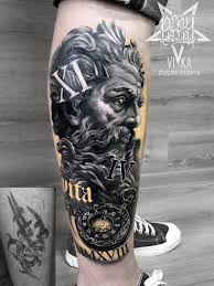 перекрытие старой татуировки зевс с часами на ноге сделать тату у