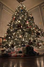 electric train around the christmas tree