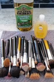how to clean makeup brushes with baby shampoo. brush cleaning supplies how to clean makeup brushes with baby shampoo