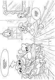 Donald Duck En Katrien Kleurplaten Krijg Duizenden Kleurenfotos
