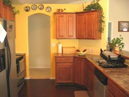 Yellow And Brown Kitchen Yellow Walls Beautiful Blend Of Yellow And Turquoise In The