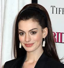 Displaying (19) Gallery Images For Anne Hathaway Smile. - Anne-Hathaway-smile-face-wallppers