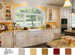 This Cottage Kitchen has a lovely country color scheme #Yellow #Kitchen  #ColorPalette