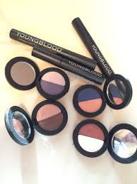 youngblood prides itself on being a luxury mineral cosmetics line which is wonderful in my
