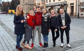 Калейдоскоп талантов Зима Польша пополнил копилку Шина  Зима 2018 Польша пополнил копилку Шина найцев сразу 10 дипломами