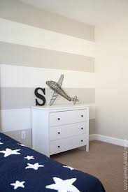 Painting Accent Walls In Bedroom How To Paint Super Straight Horizontal Stripes Make It And