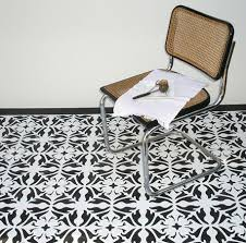 95 best images about pod ogi on pinterest the floor for floor stencils black and white68 stencils