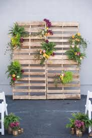 5 diy pallet ideas for your wedding 57d22f53fc6ebc6603e680e0f115bb76