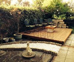 Decking Using Pallets Wood Pallet Backyard Deck 4 Steps With Pictures
