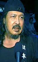 Tokoh senior dalam perkembangan teater di indonesia yang satu ini, pertama kali bersentuhan dengan dunia kesenian justru melalui seni tari. Harry Roesli Wikipedia Bahasa Indonesia Ensiklopedia Bebas