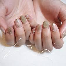 質感未免太時髦日女子最新歡小苔綠指甲色10微微乳透感立刻