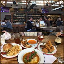 brewsters beer garden 393 photos 540 reviews barbeque 229 water st n petaluma ca restaurant reviews phone number yelp