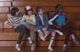 Mike, Dustin, Eleven, and Lucas | Immagini divertenti, Immagini, Meme  divertenti