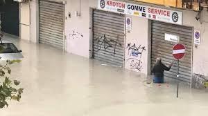 Alluvione in Calabria: Anas a lavoro sulla SS106 jonica a Crotone