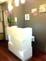 small salon reception desk receptionist desks for salons beauty rh taiso me
