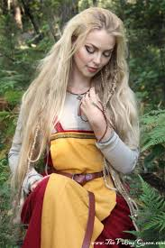 Viking Hairstyle Female 618 best vikings images viking woman viking 7433 by wearticles.com