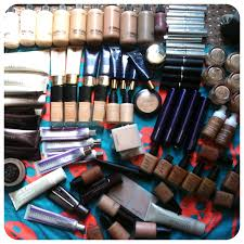 kit traincase for freelance work you being a makeup artist a guide laura louise makeup beauty