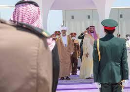 دعوات اقتصادية وتوافق سياسي في ختام زيارة سلطان عمان للسعودية