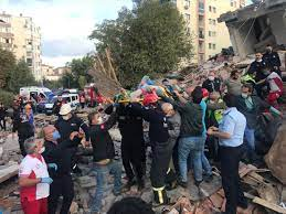 İzmir'de 6.6 büyüklüğünde deprem: 4 kişi hayatını kaybetti, 120 kişi  yaralandı