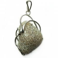 Купить <b>кулоны</b> из натурального камня