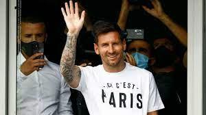 Football superstar Lionel Messi arrives ...