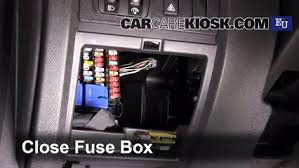 megane 3 fuse box circuit connection diagram \u2022 renault laguna 3 fuse box layout interior fuse box location 2009 2015 renault megane 2009 renault rh carcarekiosk com renault megane 3 fuse box layout renault megane 3 fuse box diagram