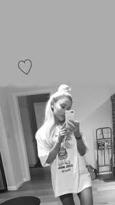 25 best ideas about wallpaper ariana grande on ariana