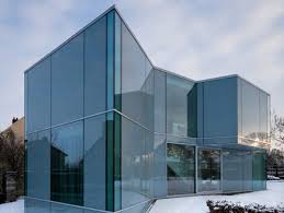images?q=tbn:ANd9GcQVVGdm171FfuuMGXJflvXABU8t6DLb4sQSkWw65Lh8gcwfIYVY - THE MOST AMAZING GLASS HOUSE PICTURES THE MOST BEAUTIFUL HOUSES MADE OF GLASS IMAGES