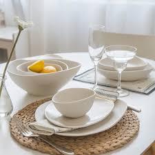 modern white dinnerware