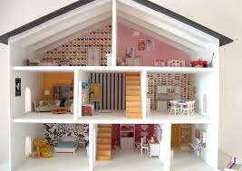 handmade dollhouse, cardboard dollhouse, easy dollhouse, kid crafts, make a  dollhouse,