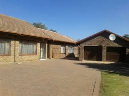 100000 House Olifantsfontein R 1100000 Thamboli Real Estate
