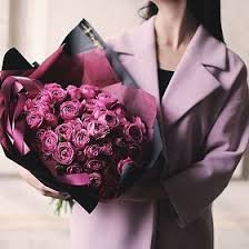 Купить <b>букет из пионовидных роз</b> с доставкой в Москве ...