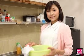 JapaneseThumbs AV Idol Hikari Kazami.