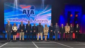 ATA recognizes 14 fleet execs for service to industry