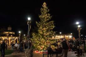 An Old Fashioned Dickens In The Village Festival U2013 Historic BiltmoreOld Style Christmas Tree Lights