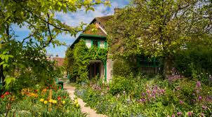 claude monet s house gardens giverny france