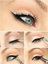 glitter cat eye 10 stylishly festive makeup ideas
