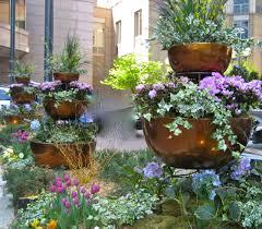 Garden \u0026 Landscaping Beautiful Designers Stylish Gardens ...