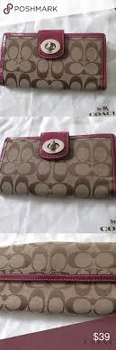 Coach LEGACY Signature TURN LOCK wallet fushia
