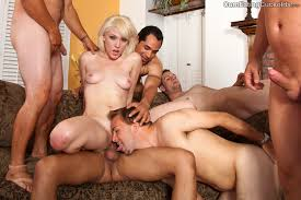 Bi husband and wife in gangbang