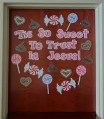 Valentine Door Decoration Ideas Valentines Day Bulletin Board Change To Lmc Sweethearts Have