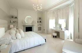 bedroom chandeliers with fans large size of bedroom chandelier without lights great chandeliers bedroom chandelier with