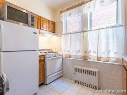 New York Roommate Room for rent in Brooklyn 3 Bedroom apartment