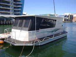 Pictures Of Houseboats Houseboat House Boats Boats Online For Sale Aluminium