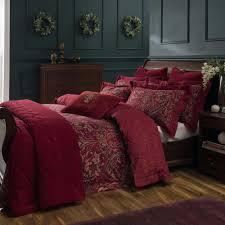 red duvet covers