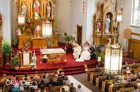 gina ryan wedding photography chandelier ballroom hartford wi