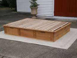 solid hardwood low platform bed or tatami bed with drawers natural color