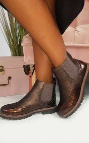 Kensie Faux Leather Chelsea Boots In Brown By Ikrush